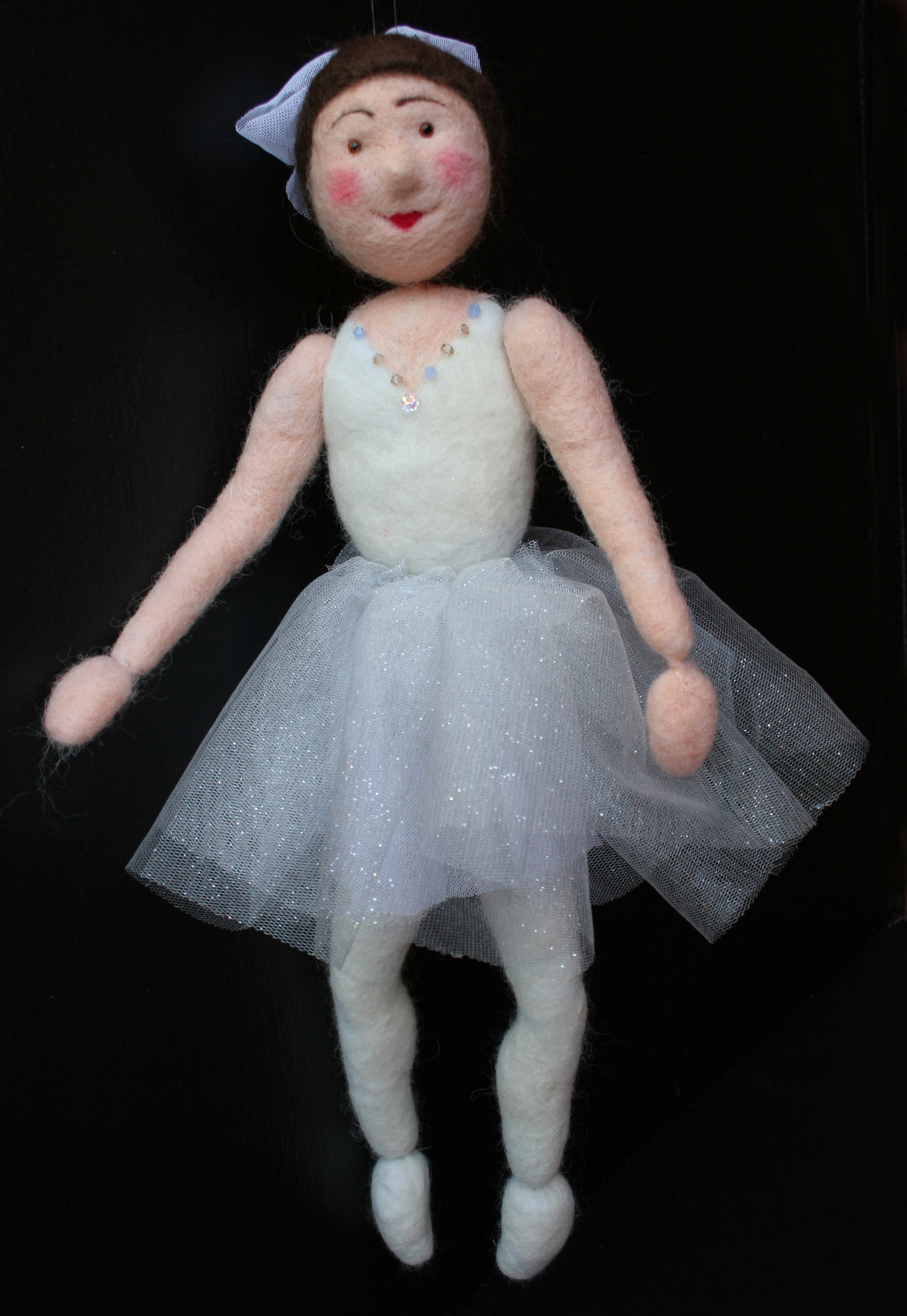felting contest. doll photos.